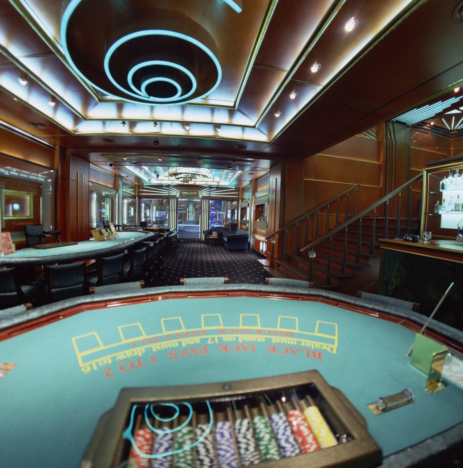 казино в колизее иваново